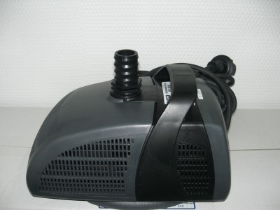 Druckfilter Hailea QF10 UVC 7 Watt m. Pumpe
